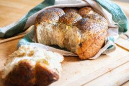 Fluffigt lättbakat brytbröd