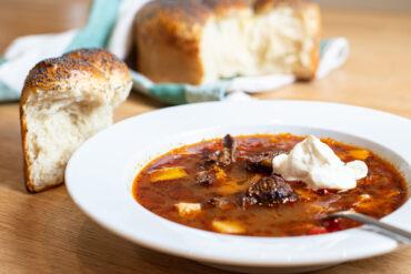 världens godaste gulaschsoppa