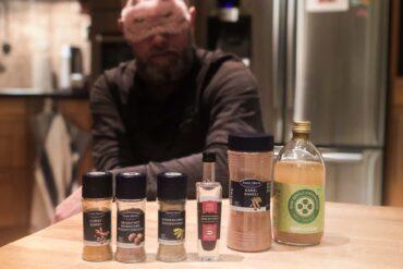 Kryddor och ögonbindel kan hjälpa att träna ditt luktsinne